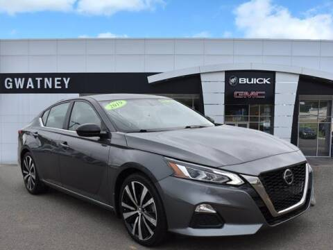 2019 Nissan Altima for sale at DeAndre Sells Cars in North Little Rock AR