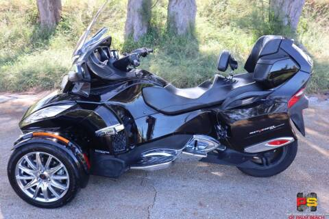 2014 Can-Am Spyder® RT Limited