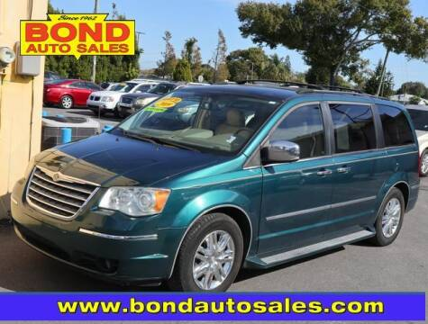 2009 Chrysler Town and Country for sale at Bond Auto Sales in St Petersburg FL