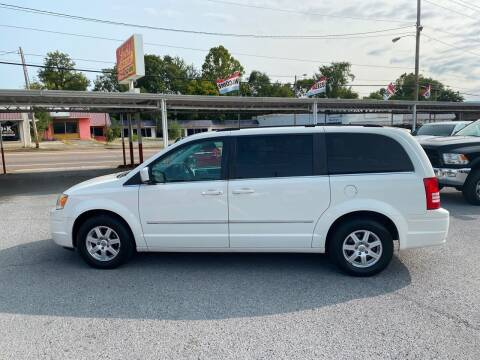 2010 Chrysler Town and Country for sale at Lewis Used Cars in Elizabethton TN