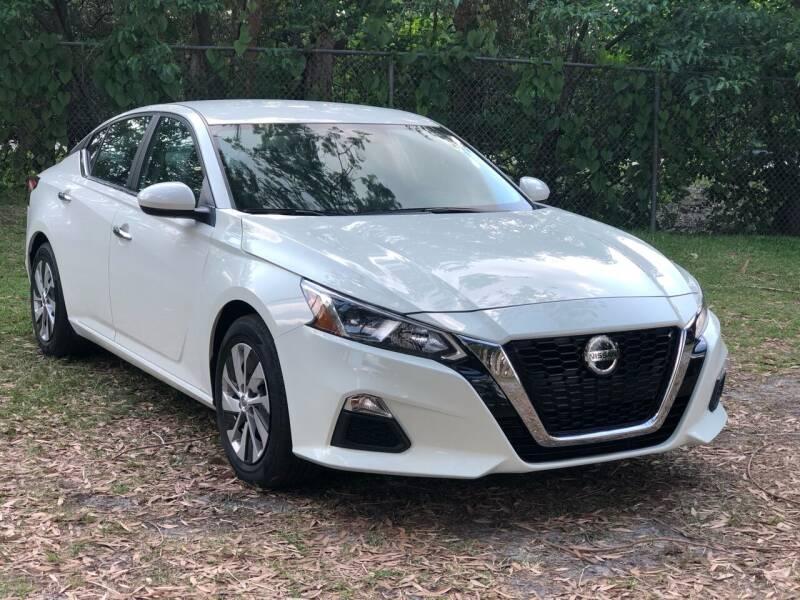 2020 Nissan Altima for sale at CAR UZD in Miami FL