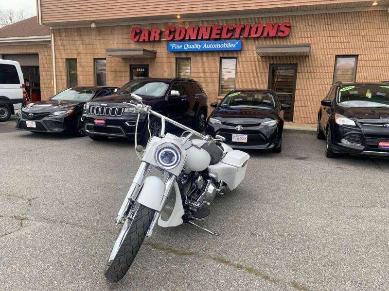 2003 Harley-Davidson Road King Custom Bagger for sale at CAR CONNECTIONS in Somerset MA