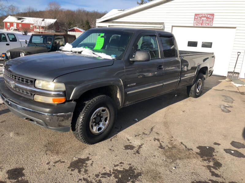 2000 Chevrolet Silverado 2500 for sale at CENTRAL AUTO SALES LLC in Norwich NY