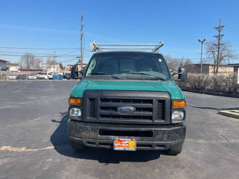 2008 Ford E-Series Cargo for sale at RON'S AUTO SALES INC in Cicero IL