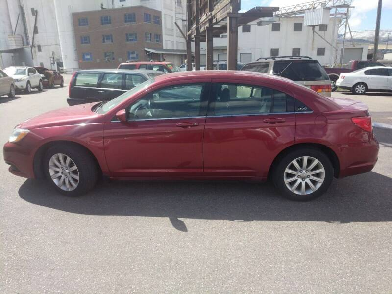 2013 Chrysler 200 for sale at Creekside Auto Sales in Pocatello ID