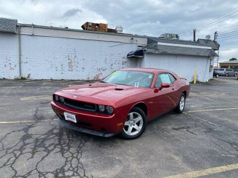 2009 Dodge Challenger for sale at Santa Motors Inc in Rochester NY