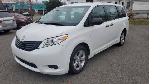 2017 Toyota Sienna for sale at Citi Motors in Highland Park NJ