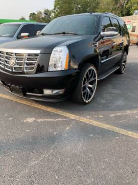 2012 Cadillac Escalade for sale at BRYANT AUTO SALES in Bryant AR