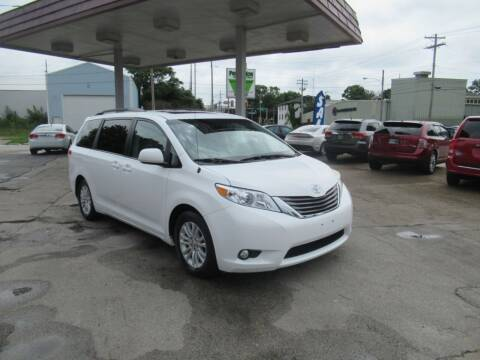 2012 Toyota Sienna for sale at Perfection Auto Detailing & Wheels in Bloomington IL