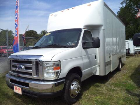 2010 Ford E-Series Chassis for sale at H and H Truck Center in Newport News VA