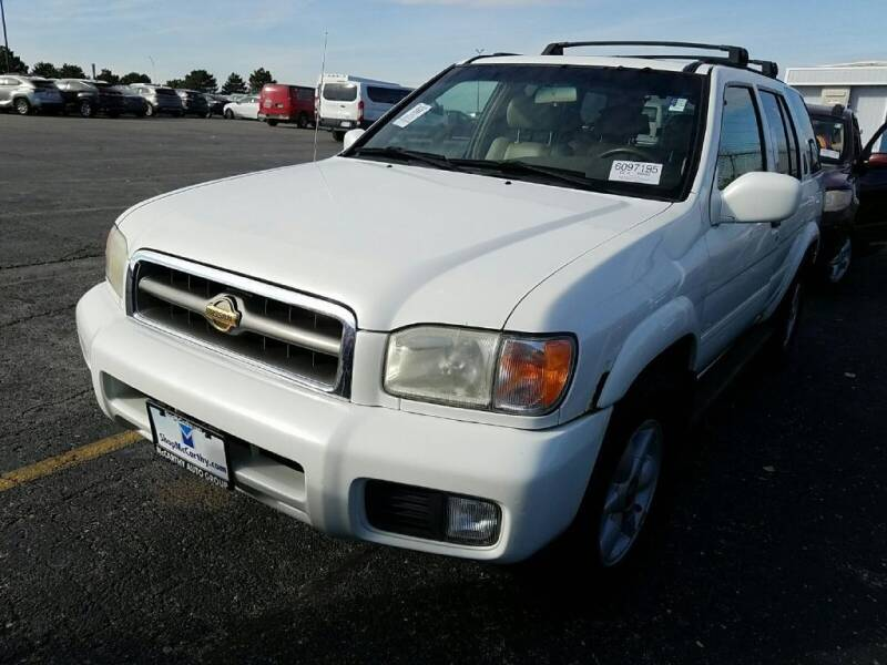 2000 Nissan Pathfinder for sale at Cars Now KC in Kansas City MO