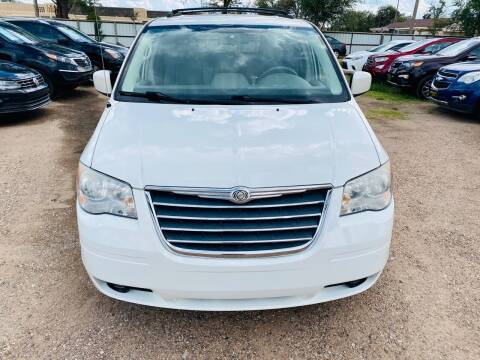 2009 Chrysler Town and Country for sale at Good Auto Company LLC in Lubbock TX