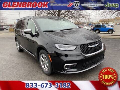 2021 Chrysler Pacifica Hybrid for sale at Glenbrook Dodge Chrysler Jeep Ram and Fiat in Fort Wayne IN