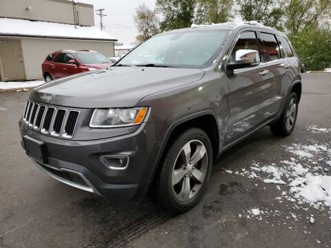 2015 Jeep Grand Cherokee for sale at MIDWEST CAR SEARCH in Fridley MN