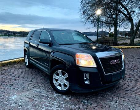 2013 GMC Terrain for sale at PUTNAM AUTO SALES INC in Marietta OH