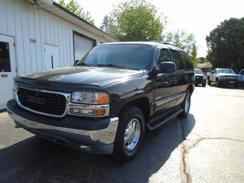 2001 GMC Yukon for sale at NORTHLAND AUTO SALES in Dale WI