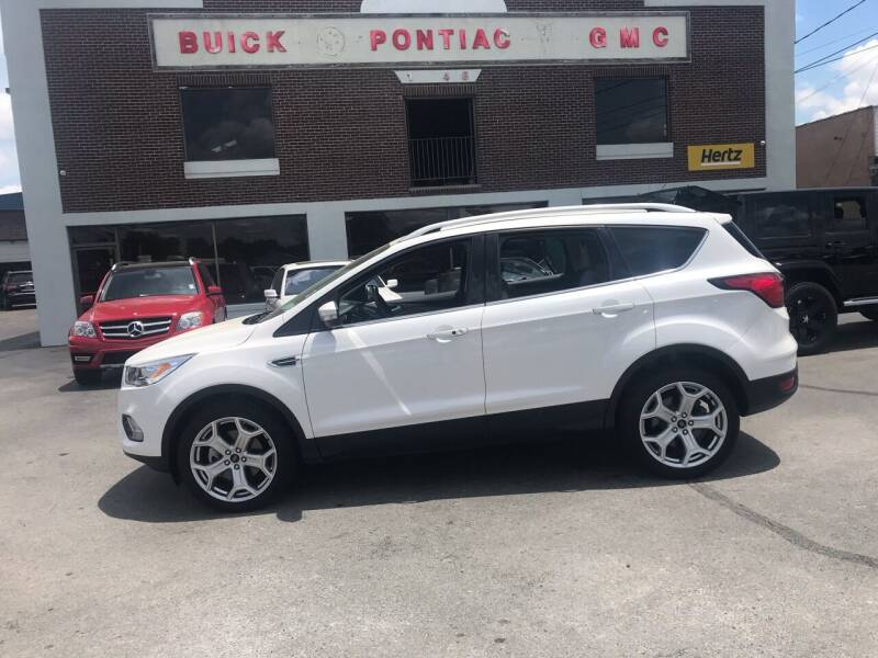 2019 Ford Escape for sale at Blue Bird Motors in Crossville TN