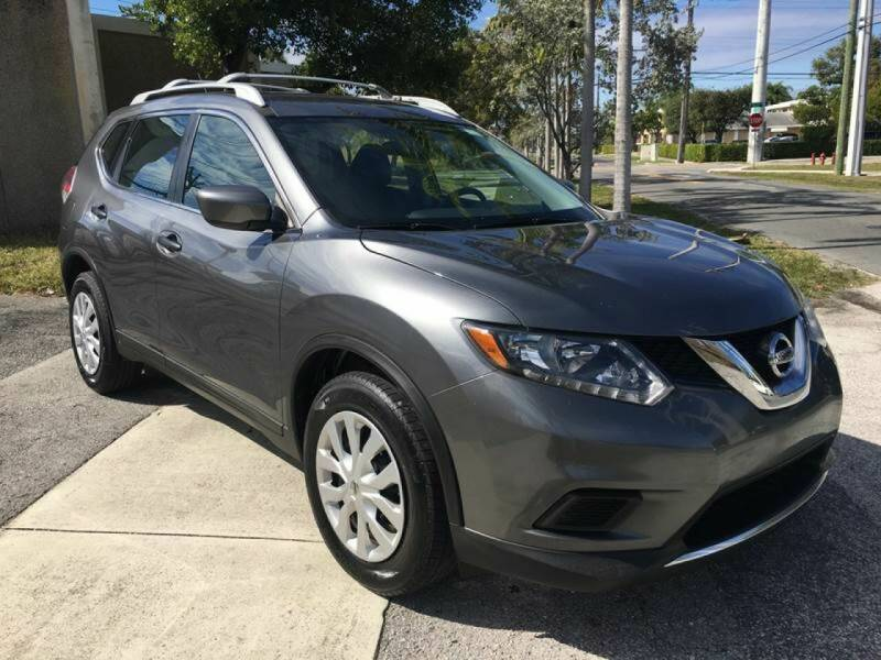 2016 Nissan Rogue for sale at Global Auto Sales USA in Miami FL
