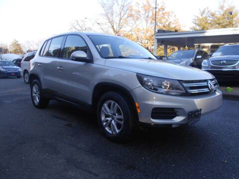 2013 Volkswagen Tiguan for sale at H & R Auto in Arlington VA