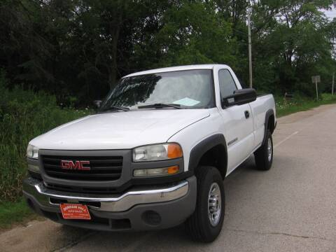 2005 GMC Sierra 2500HD for sale at Durham Hill Auto in Muskego WI