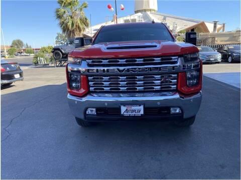 2020 Chevrolet Silverado 2500HD for sale at Carros Usados Fresno in Fresno CA