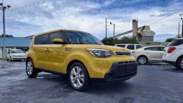 2015 Kia Soul for sale at Select Autos Inc in Fort Pierce FL