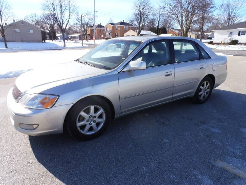 2001 Toyota Avalon for sale at A-Auto Luxury Motorsports in Milwaukee WI
