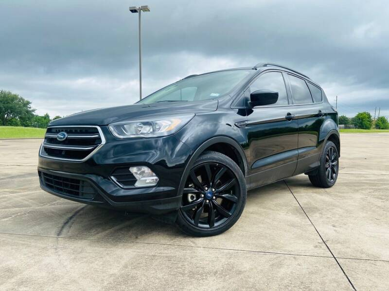 2018 Ford Escape for sale at AUTO DIRECT Bellaire in Houston TX