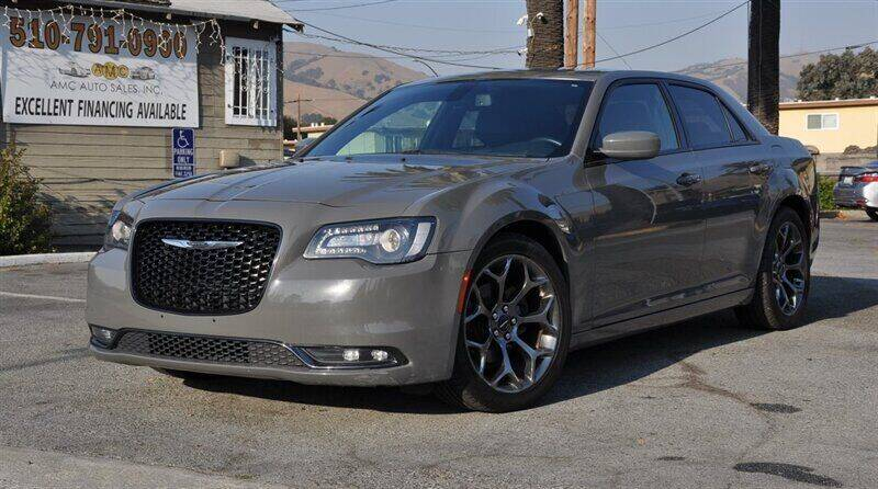 2017 Chrysler 300 for sale at AMC Auto Sales, Inc. in Fremont CA