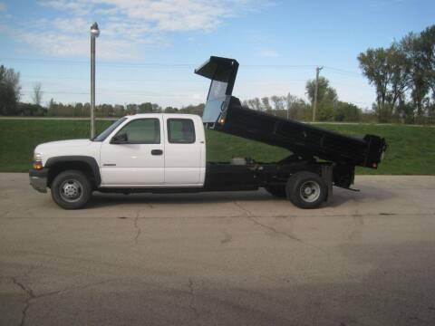 2002 Chevrolet Silverado 3500 for sale at G T AUTO PLAZA Inc in Pearl City IL