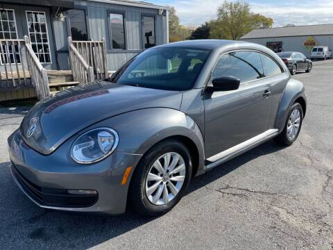 2014 Volkswagen Beetle for sale at Modern Automotive in Boiling Springs SC
