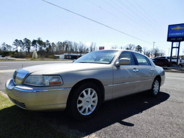 2007 Lincoln Town Car for sale at Joe Lee Chevrolet in Clinton AR