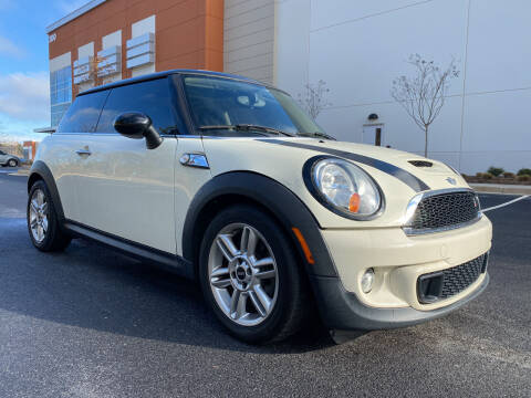 2013 MINI Hardtop for sale at ELAN AUTOMOTIVE GROUP in Buford GA