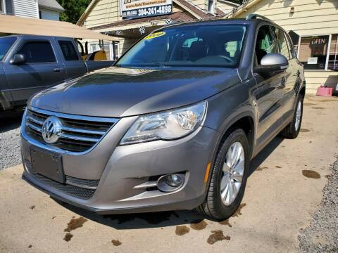2009 Volkswagen Tiguan for sale at Auto Town Used Cars in Morgantown WV
