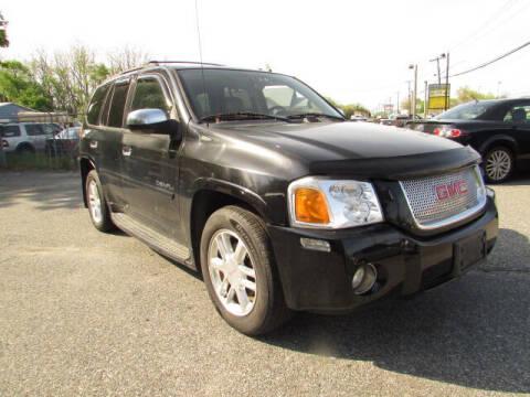 2006 GMC Envoy for sale at Auto Outlet Of Vineland in Vineland NJ