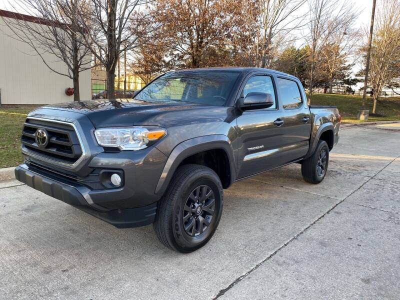2020 Toyota Tacoma for sale at Western Star Auto Sales in Chicago IL