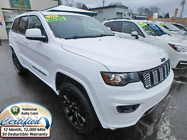 2018 Jeep Grand Cherokee for sale at Jon's Auto in Marquette MI