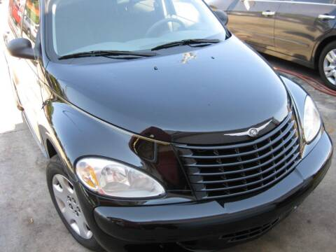 2005 Chrysler PT Cruiser for sale at LAKE CITY AUTO SALES in Forest Park GA