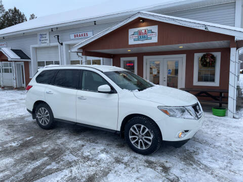 2015 Nissan Pathfinder for sale at M&A Auto in Newport VT