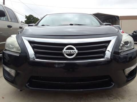 2014 Nissan Altima for sale at Auto Haus Imports in Grand Prairie TX