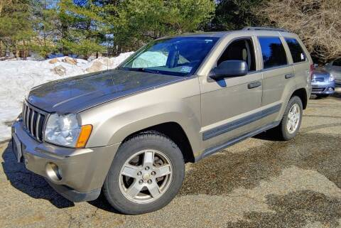 2006 Jeep Grand Cherokee for sale at CRS 1 LLC in Lakewood NJ