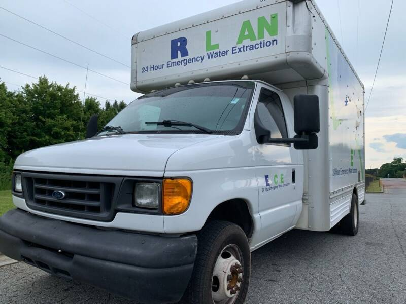 2007 Ford E-Series Chassis for sale at William D Auto Sales in Norcross GA