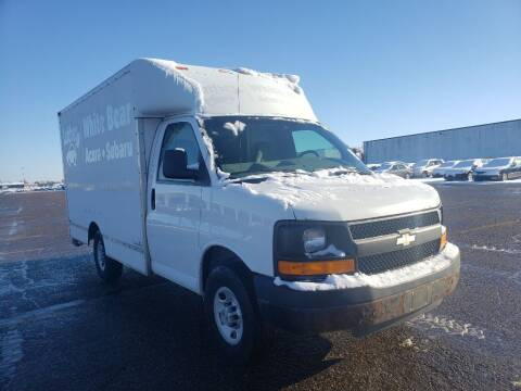 2009 Chevrolet Express Cutaway for sale at Fleet Automotive LLC in Maplewood MN