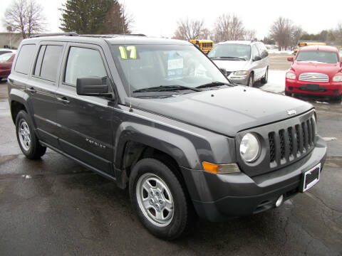 2017 Jeep Patriot for sale at USED CAR FACTORY in Janesville WI