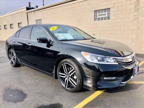 2017 Honda Accord for sale at Richardson Sales & Service in Highland IN
