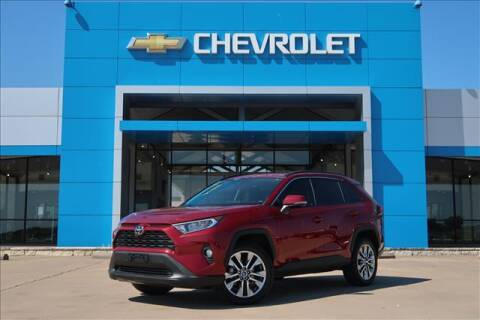2020 Toyota RAV4 for sale at Lipscomb Auto Center in Bowie TX