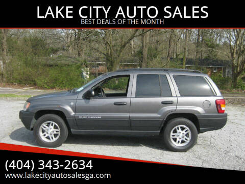 2004 Jeep Grand Cherokee for sale at LAKE CITY AUTO SALES in Forest Park GA