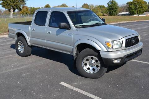 2004 Toyota Tacoma for sale at GLADSTONE AUTO SALES    GUARANTEED CREDIT APPROVAL in Gladstone MO