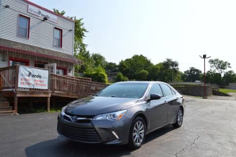 2017 Toyota Camry Hybrid for sale at DrivePanda.com Joliet in Joliet IL