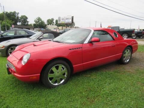 2002 Ford Thunderbird for sale at Dallas Auto Mart in Dallas GA